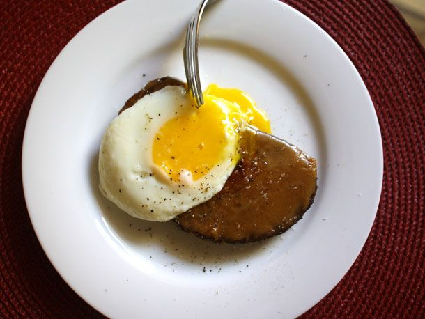 Gail Simmons's Welsh Rarebit with Guinness and a Fried Egg Recipe