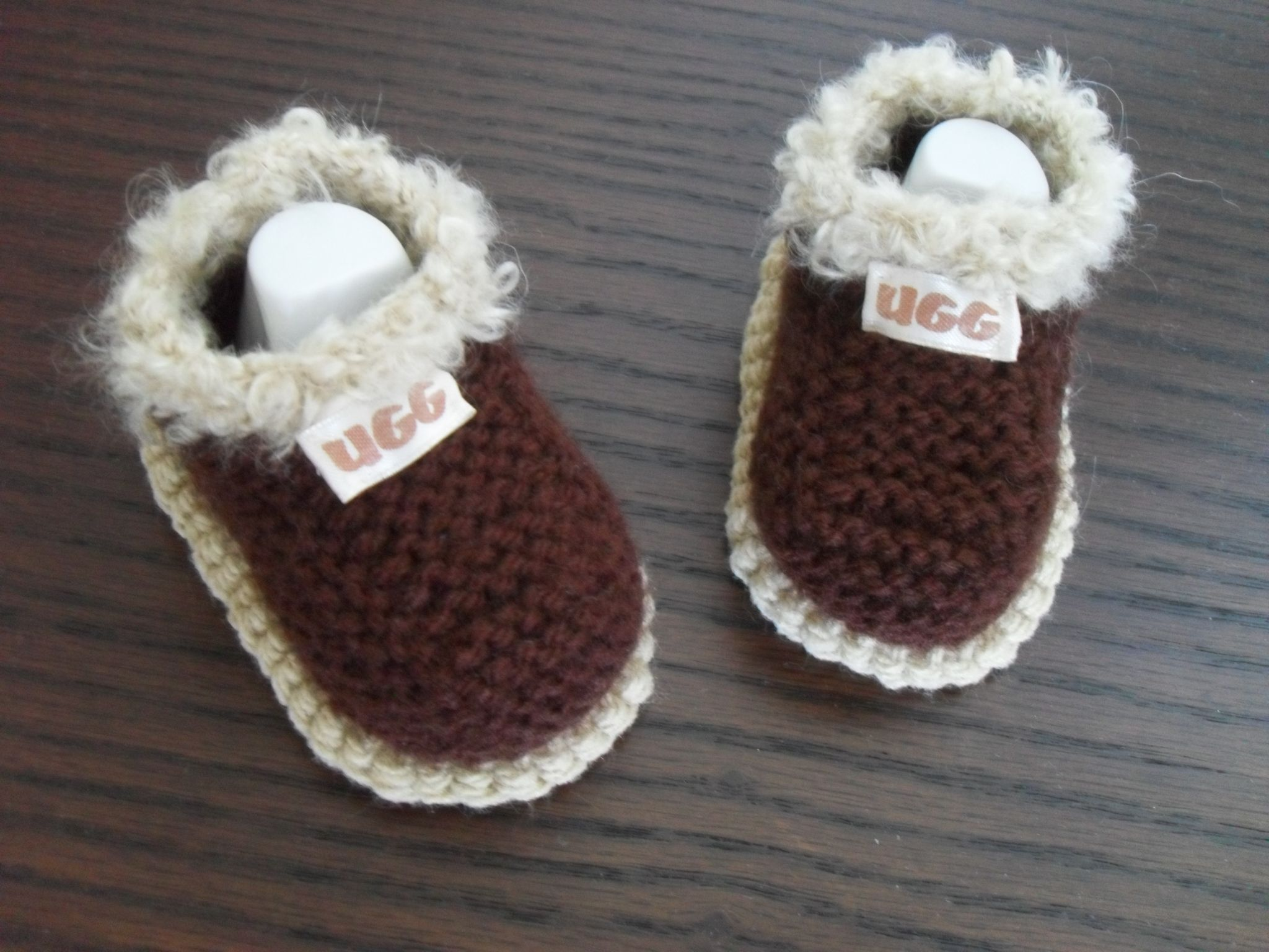 Knitting Pattern Baby Girl Boy Shoes This Pattern Makes Three Sizes