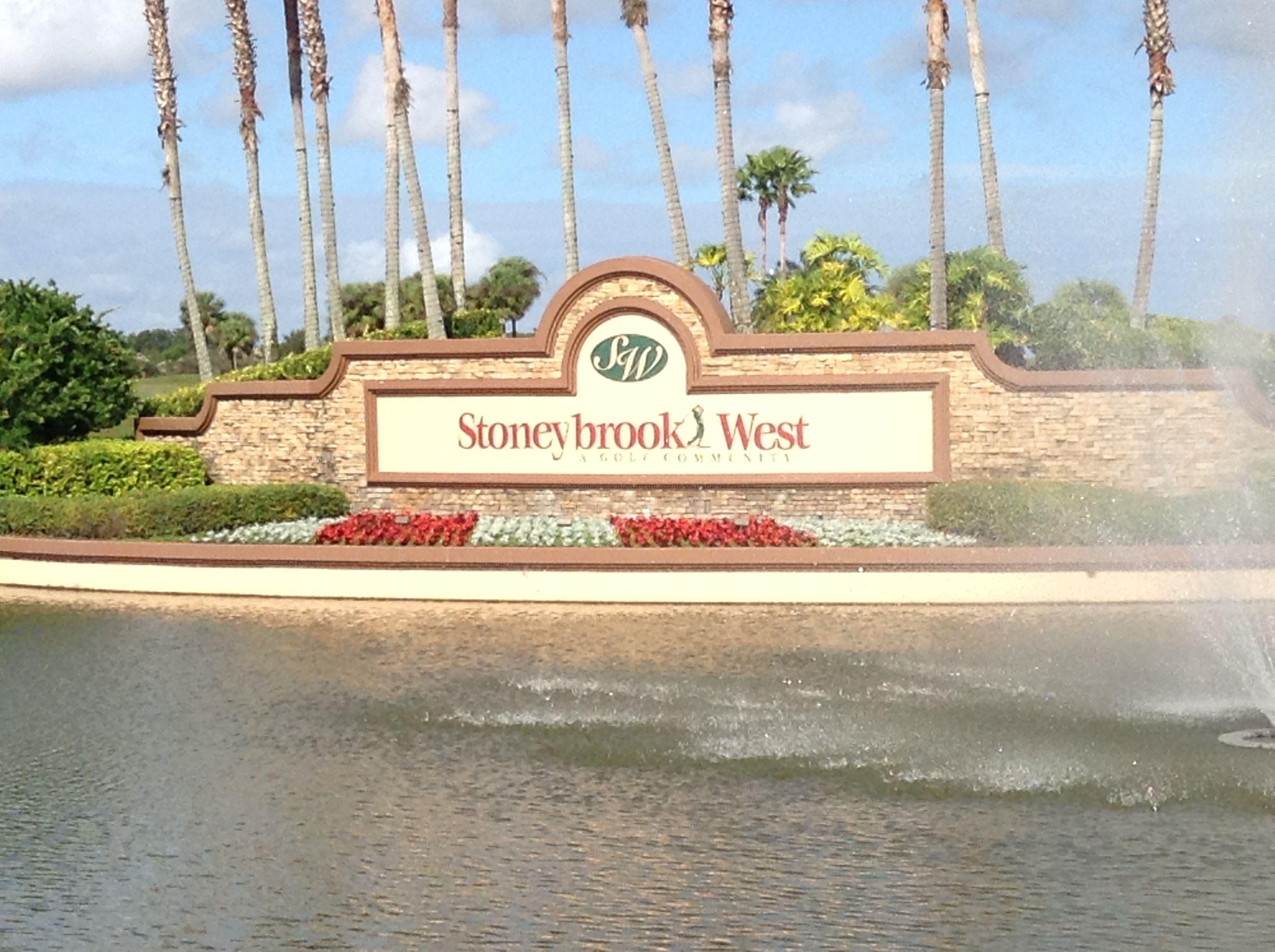stoneybrook west is gated golf course communited located in