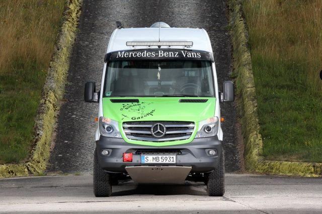 rallye-servicefahrzeug mercedes-benz sprinter 316 cdi 4x4 kawa: die
