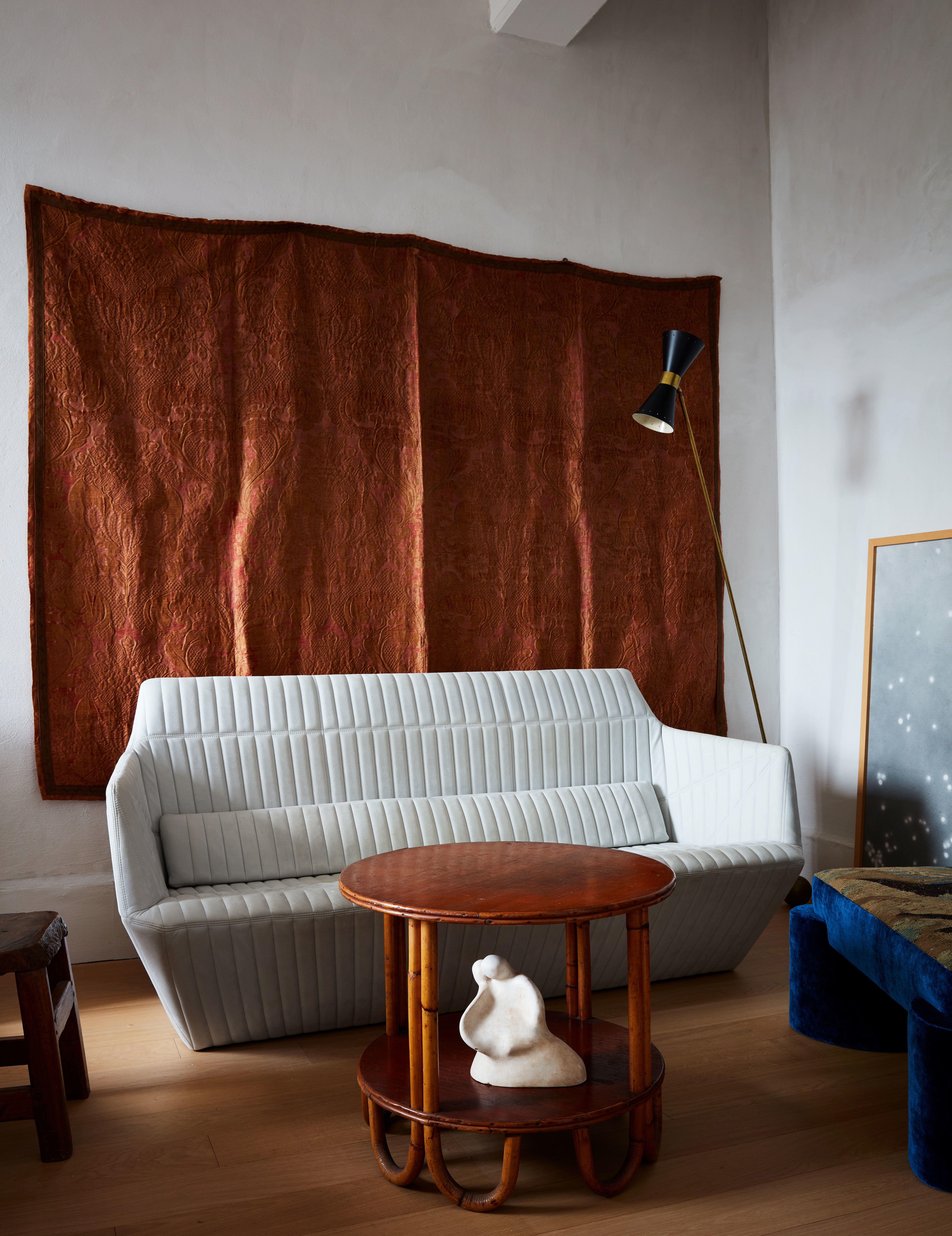 this leading designer s nyc home is a wellspring of inspiration rh pinterest com