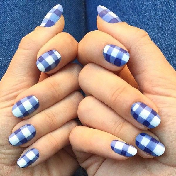 Cute Blue And White Gingham Inspired Nail Polish The Design Looks Very Clean Fascinating At Same Time