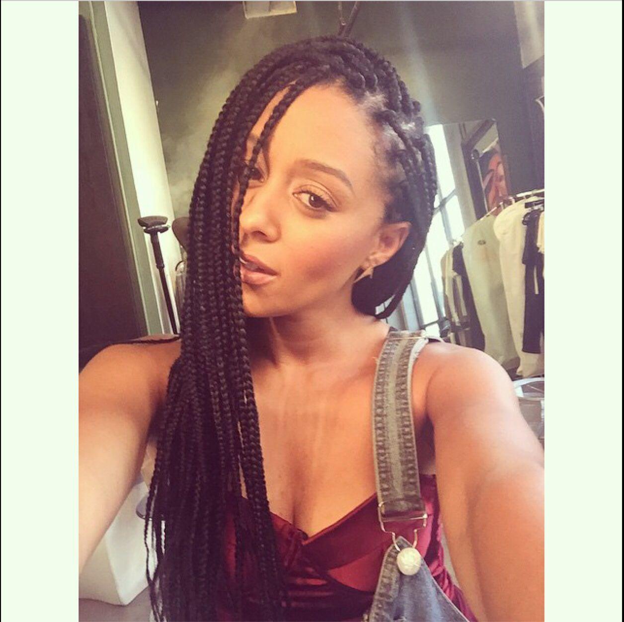 tia mowry+box braids #boxbraids #protectivestyles #cornrows