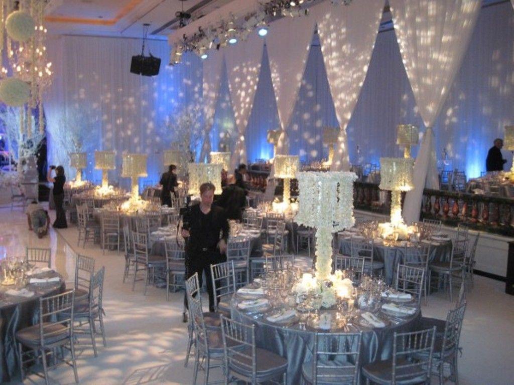Winter wedding ideas for christmas wedding ideas and guides winter wedding ideas for christmas wedding ideas and guides junglespirit Images