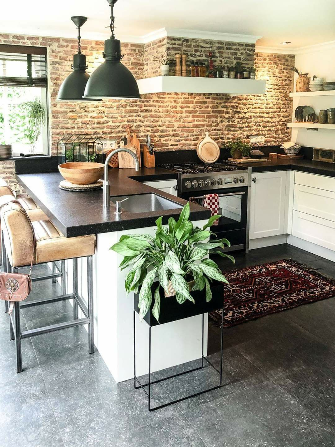 Pin by Léna Bonfort on Kitchens in 18  Brick wall kitchen