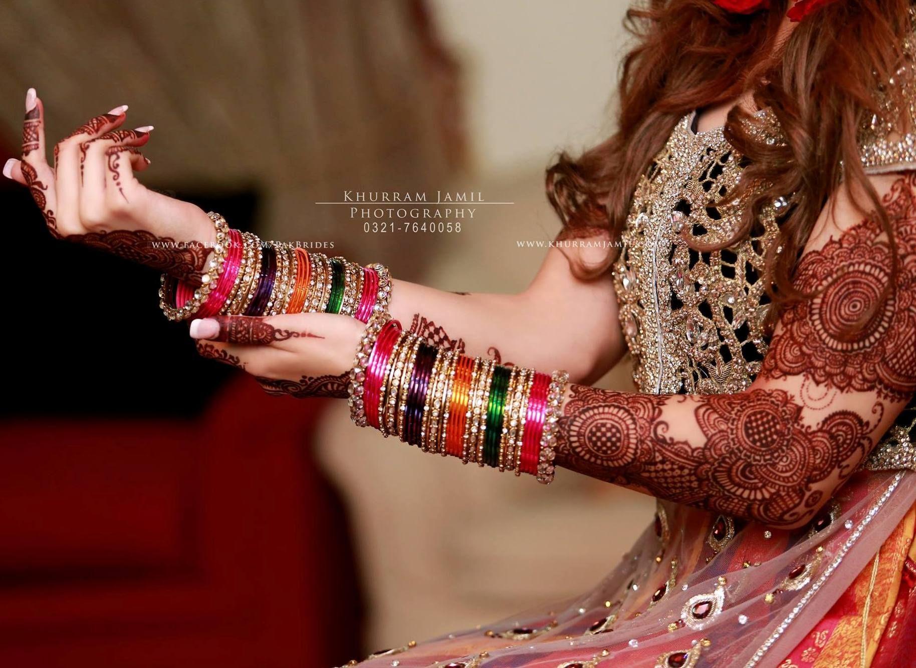 Pin mehndi and bangles display pics awesome dp wallpaper on pinterest - Indian Jewelry Mehndi Henna Bangles