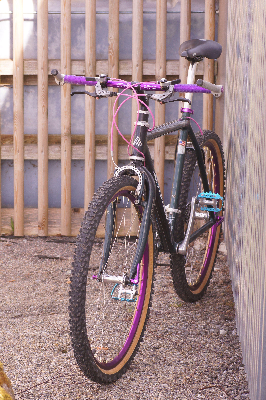 Cannondale M700 Vintage Mountain Bike Bicycle Maintenance Retro Bike