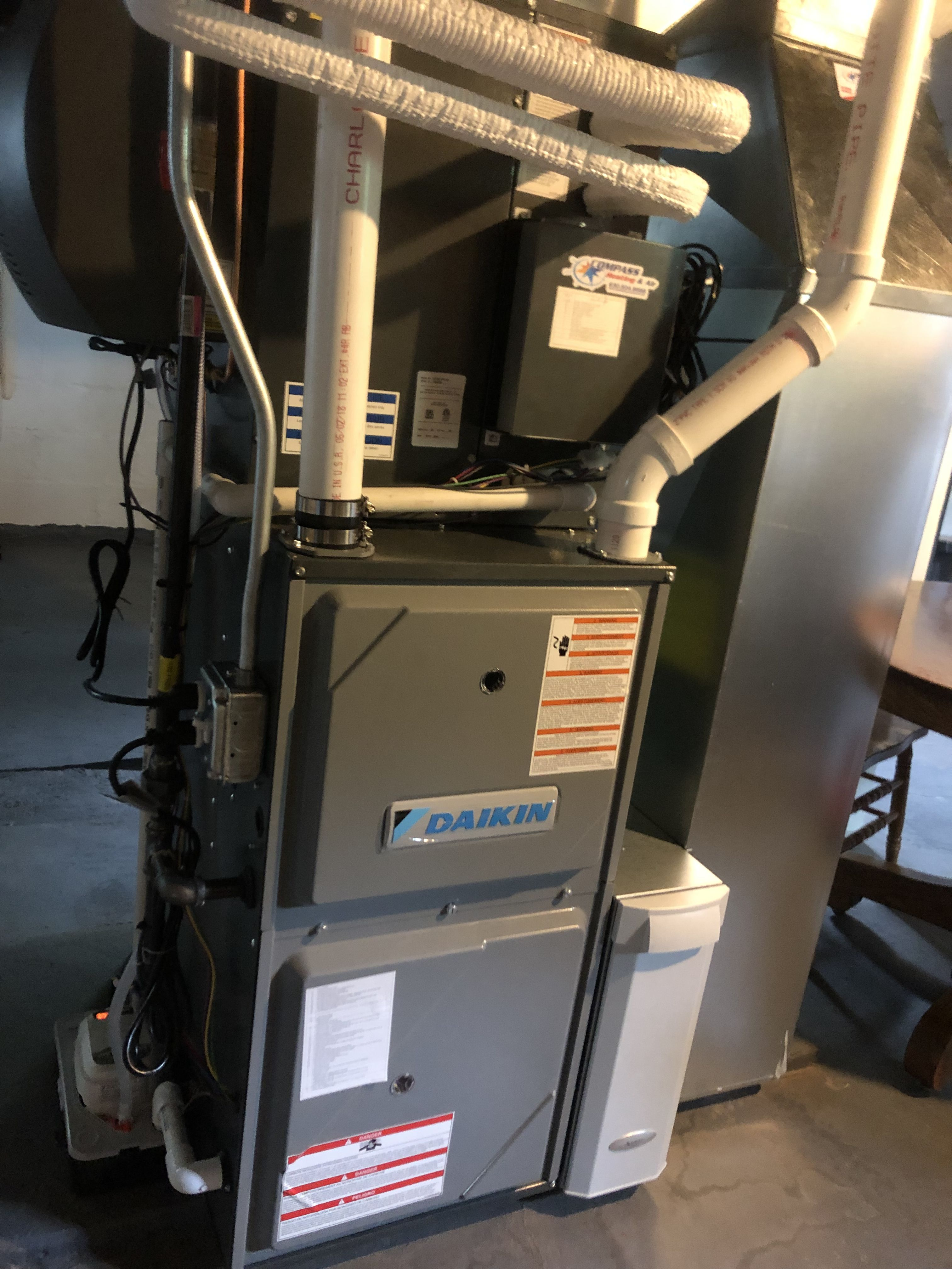 Daikin Vrv Life System With Modulating Gas Furnace Heating And