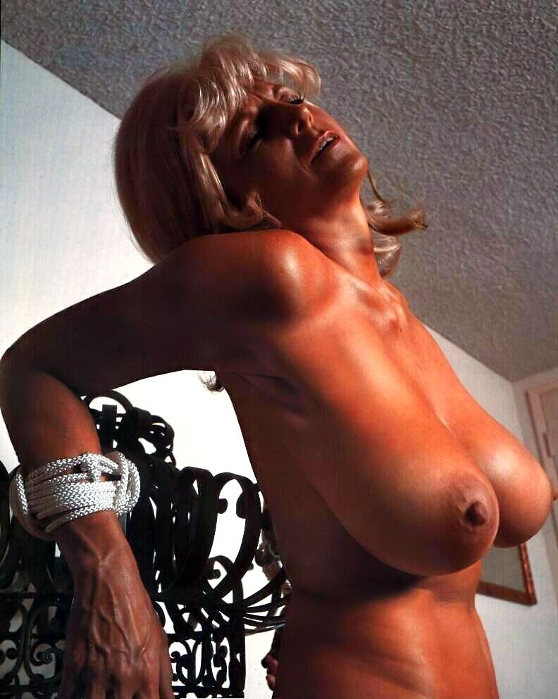 candy-west-nude