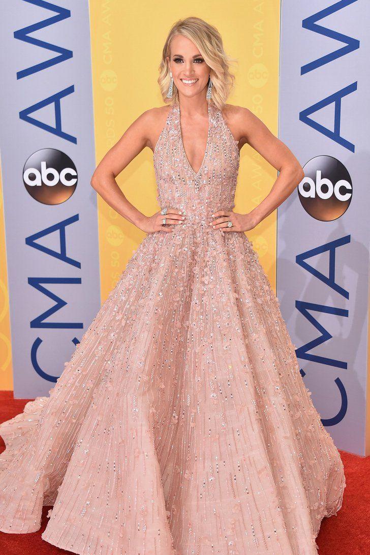 Perfecto Vestido De Novia De Carrie Underwoods Ideas Ornamento ...