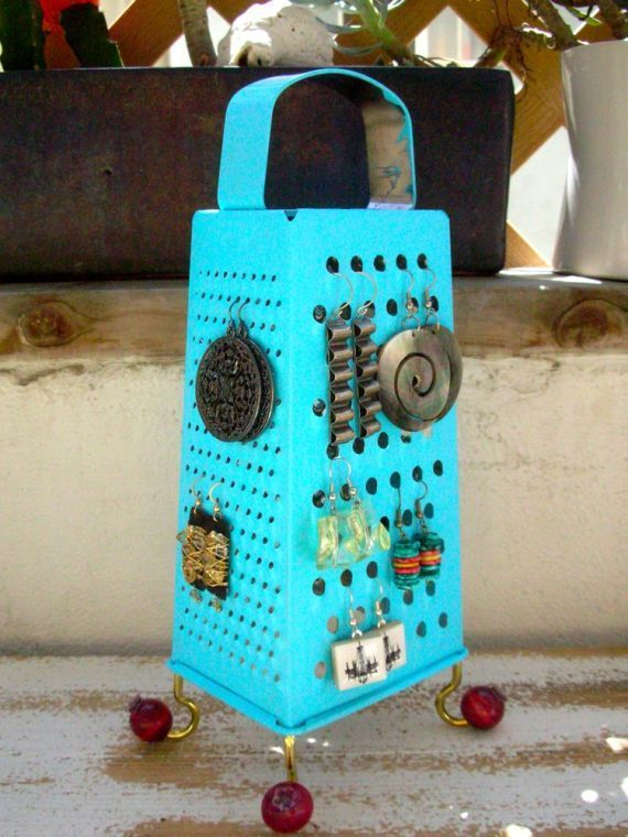 recycled earing holder.