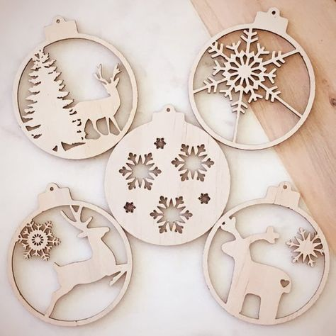 MDF Wooden Family Tree Set with Baubles Christmas Bauble Tree BAUBLE KIT