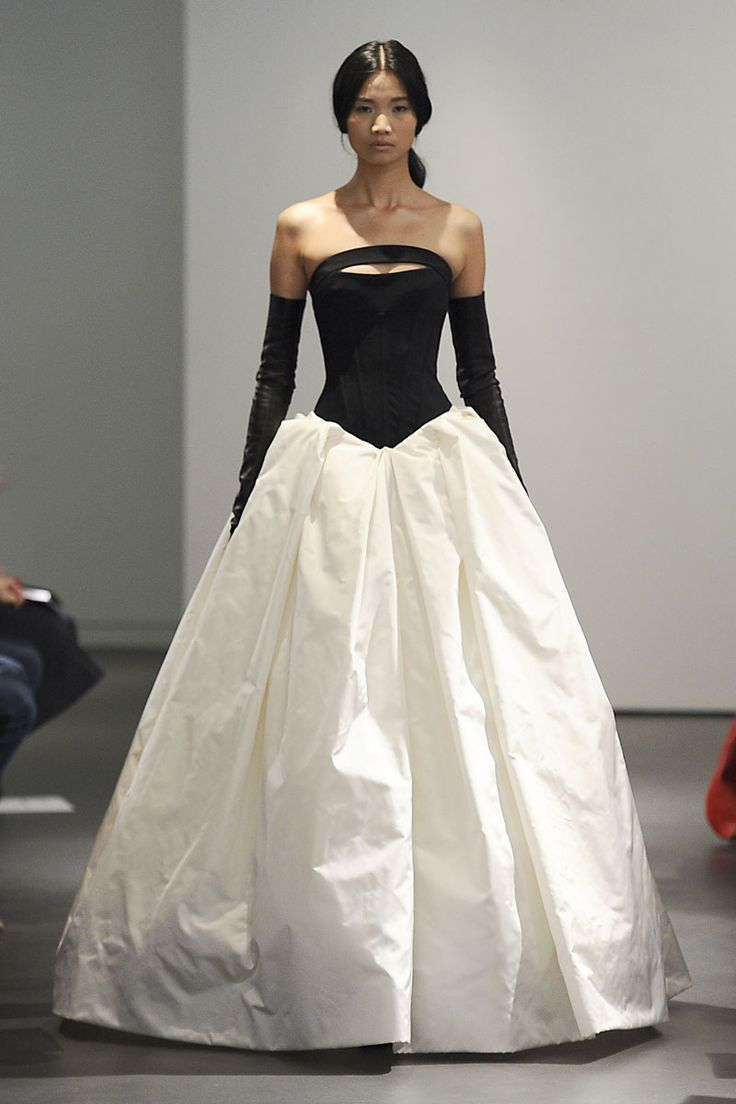 How To Dress Rocker Chic Style 2014 vera wang wedding dress ...