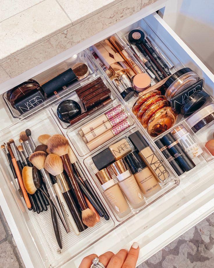Motivations-Montag: So organisieren Sie Ihr Badezimmer wie ein Profi - Bringen Sie Ihre ... - Beauty room - Daisy Blog #cabinetorganization