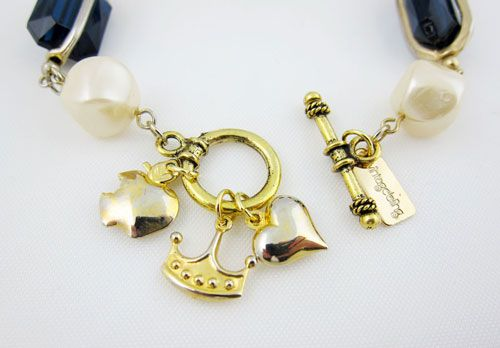 $45.00 Royal Heart Bracelet