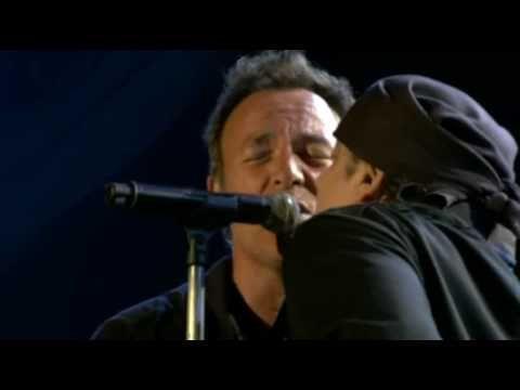 Bruce Springsteen - Badlands (Live Glastonbury 2009) - YouTube