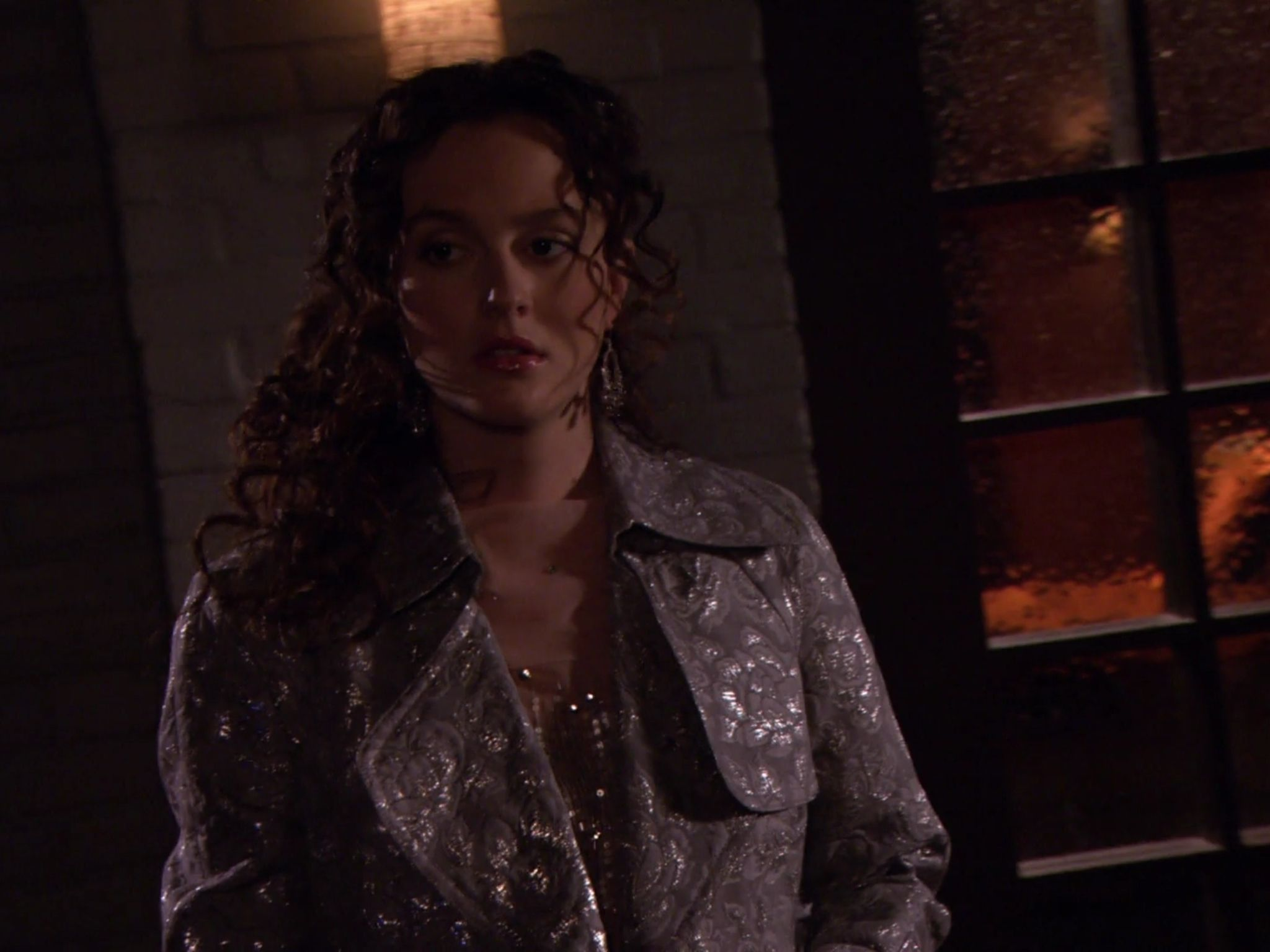 Blair Waldorf silver and charcoal coat curly hair Gossip ...