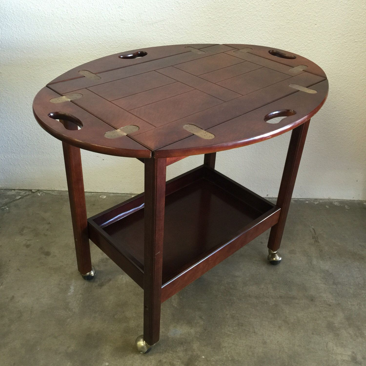 Vintage Bombay Company Rolling Tea Or Butlers Cart With Removable Tray.  Marked Beautiful Mahogany With A High Gloss Finish.