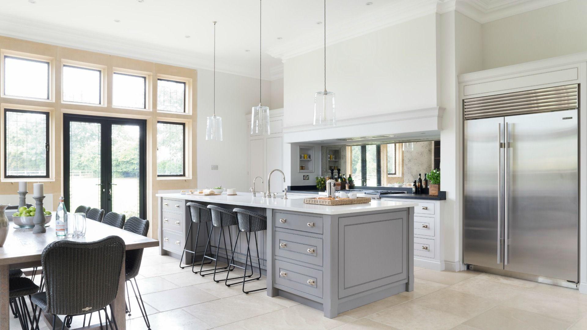 Luxury Bespoke Kitchen Design - Spenlow - Ascot - Humphrey Munson ...