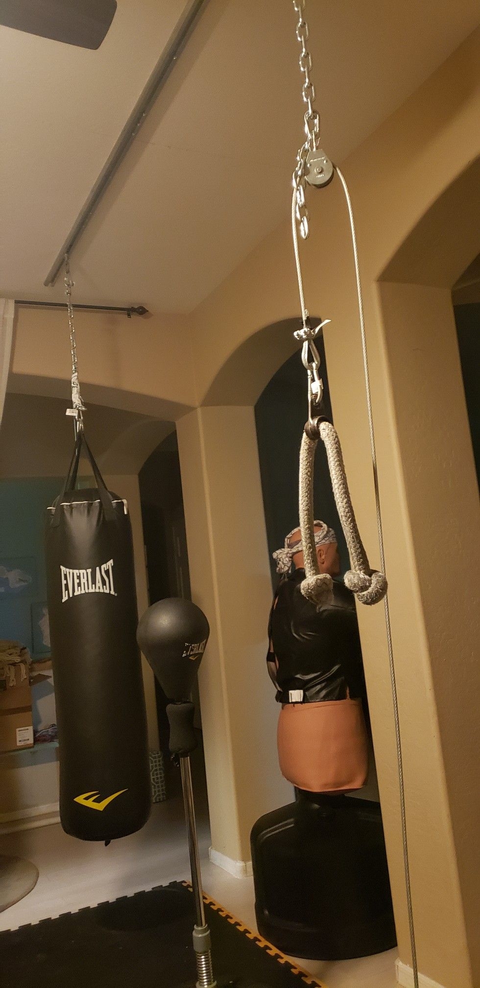 Here is my tuffrail heavy bag mount installed with heavy