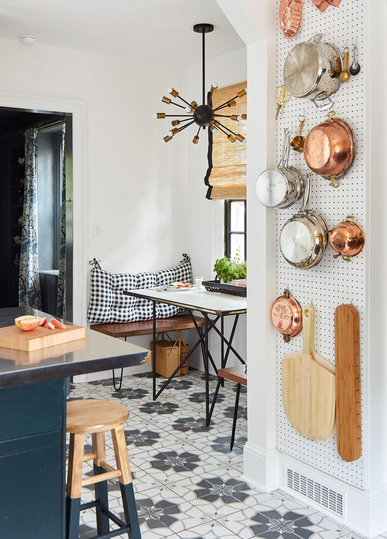 31 Creative Ways to Store Dishes and Utensils That Go Beyond Cabinetry