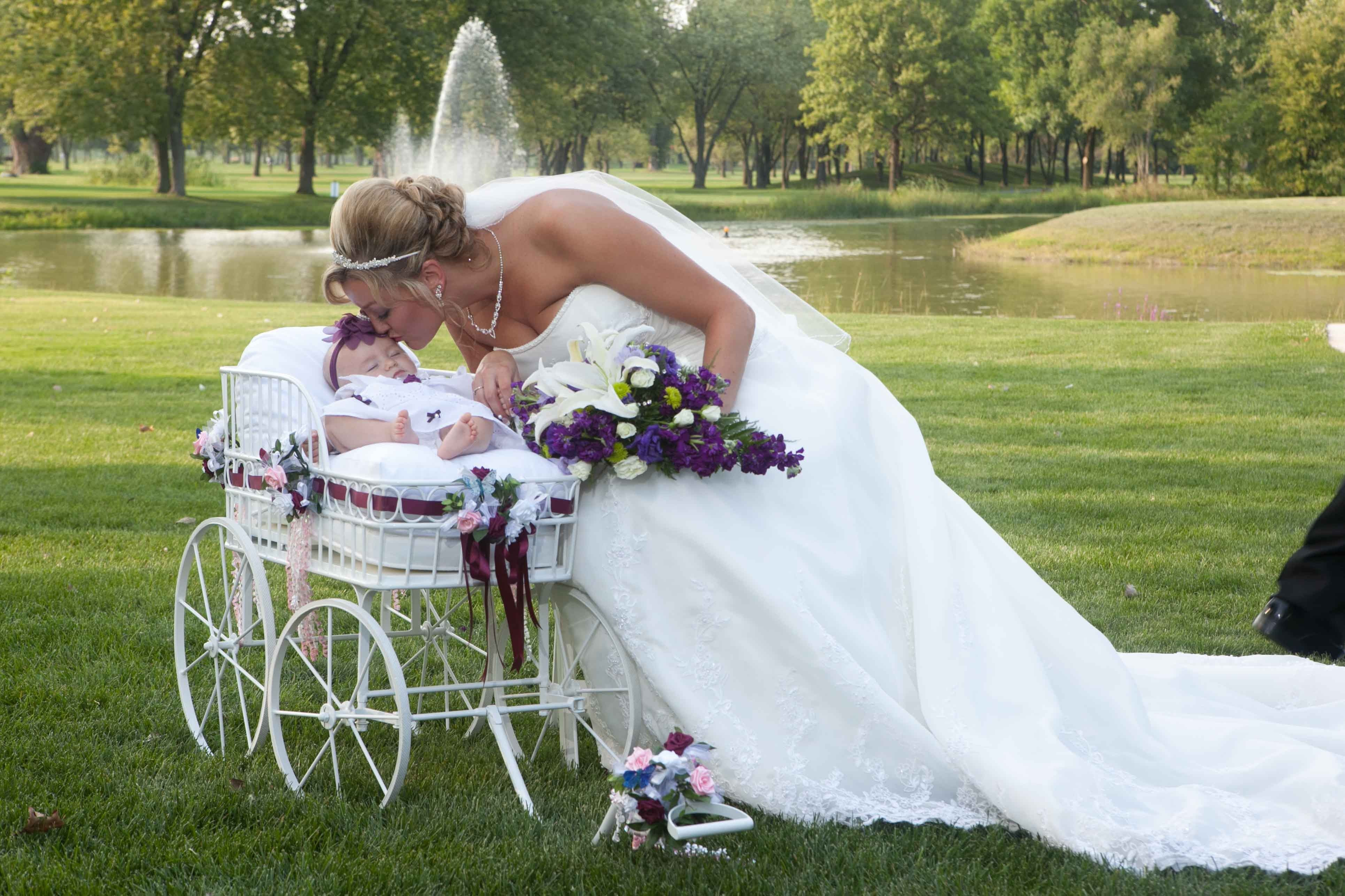 flower girl wagon | Wedding Wagon Large Ceremony and Procession ...