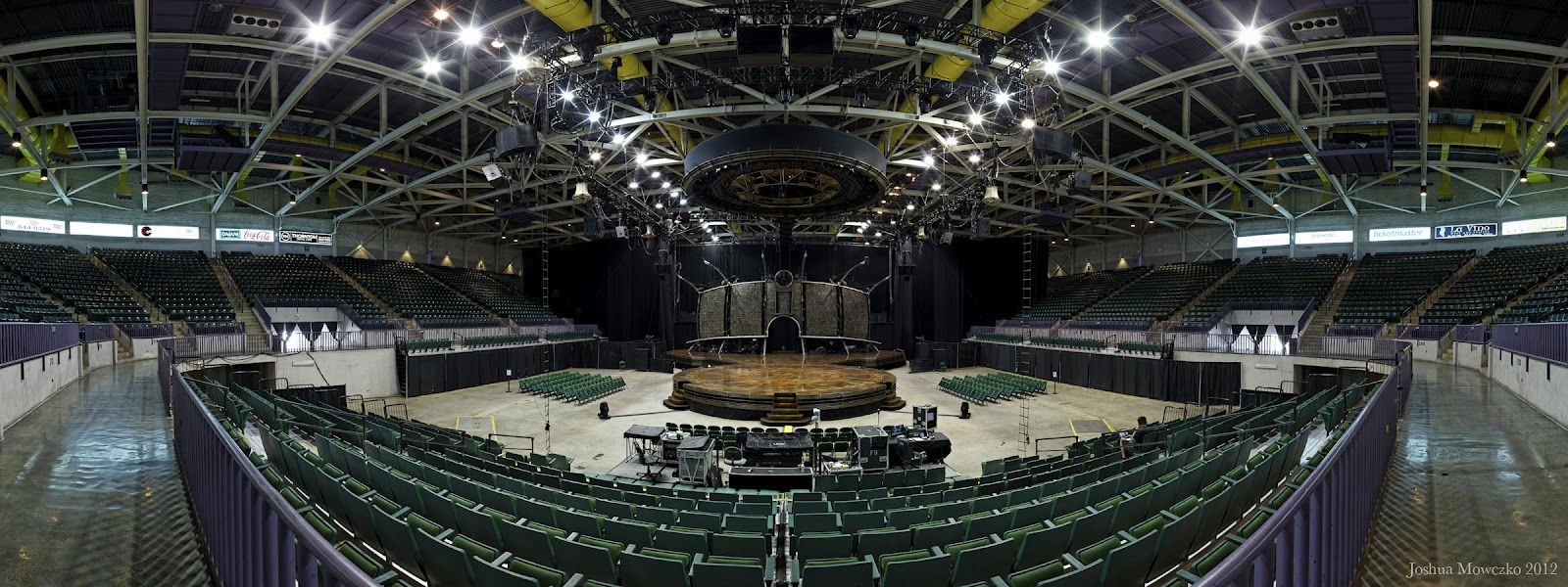 Bancorpsouth Arena Stages And Spaces Basketball Court Sports