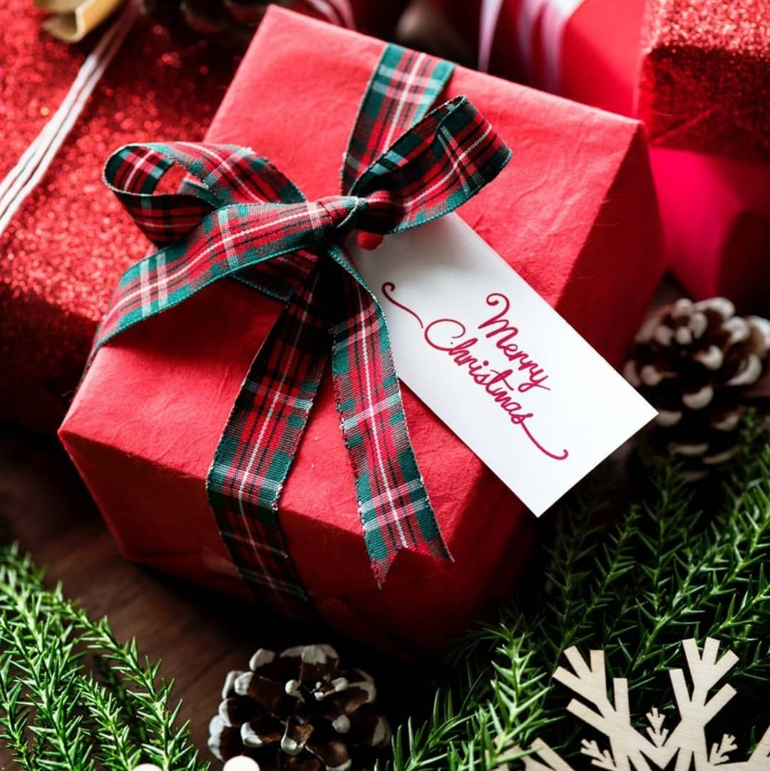 Interhampers Australia On Instagram The Gifts Under The Christmas Tree Are Finally St Top Christmas Gifts Christmas Gifts To Make Last Minute Christmas Gifts