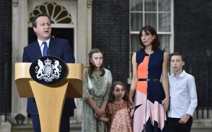 cameron family in downing street