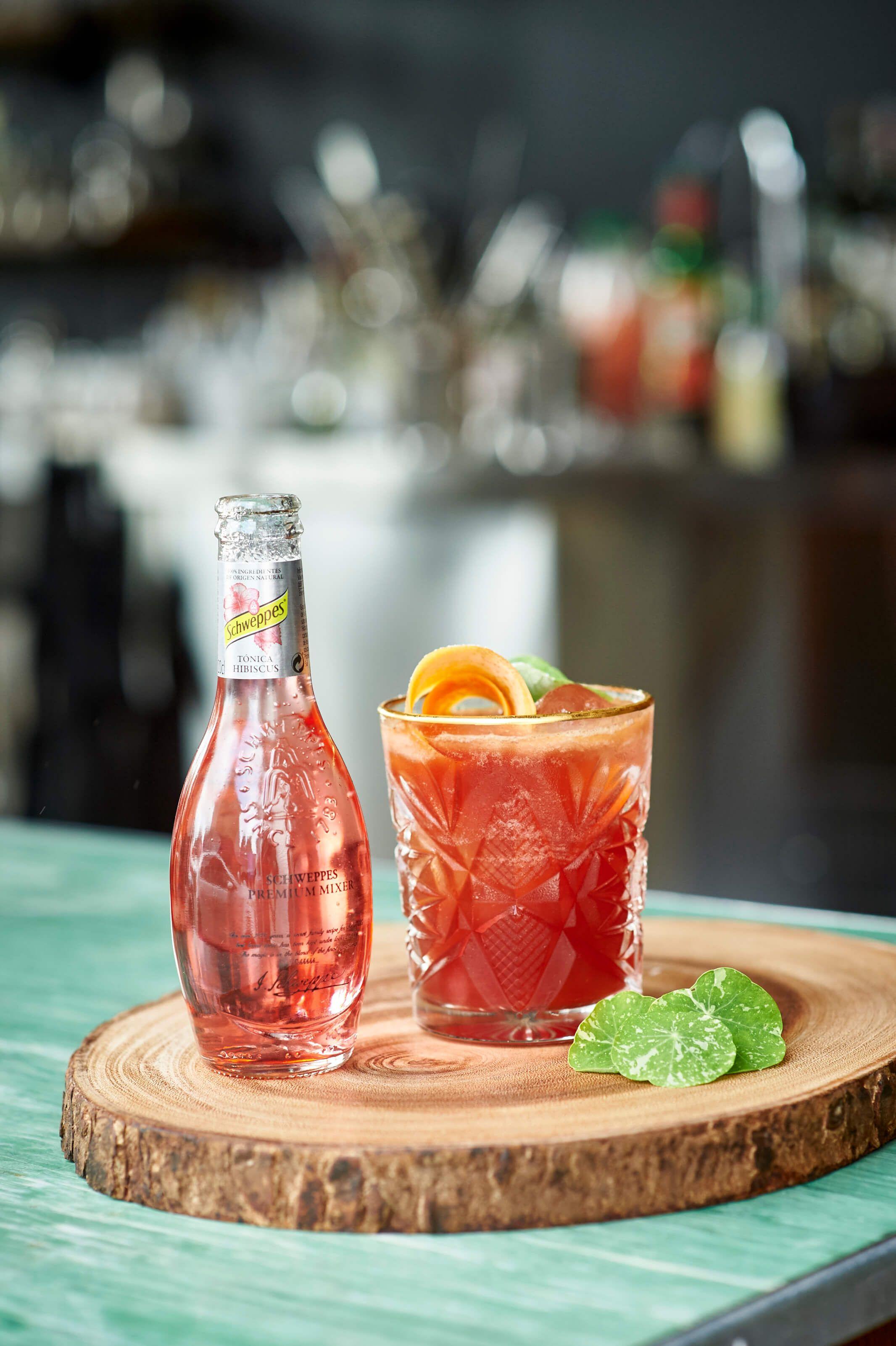 An Amazing Cocktail Mix Coeur D Artichaut Met Alcohol Gin