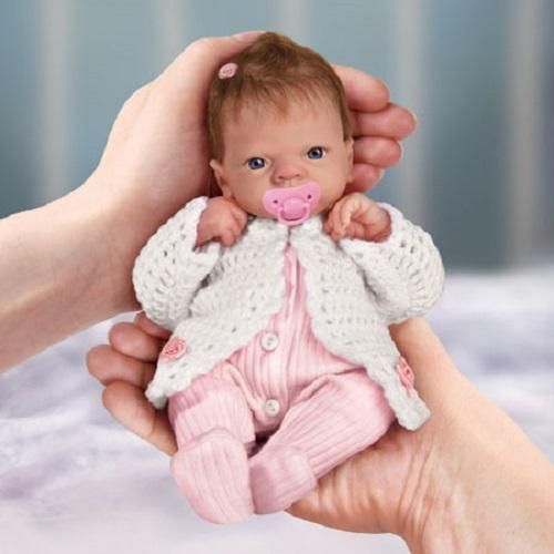 Ashton Drake Tiny Miracles Celebration Of Life Emmy 10 Inch Doll By Linda Webb Real Looking Baby Dolls Reborn Toddler Dolls Reborn Baby Dolls