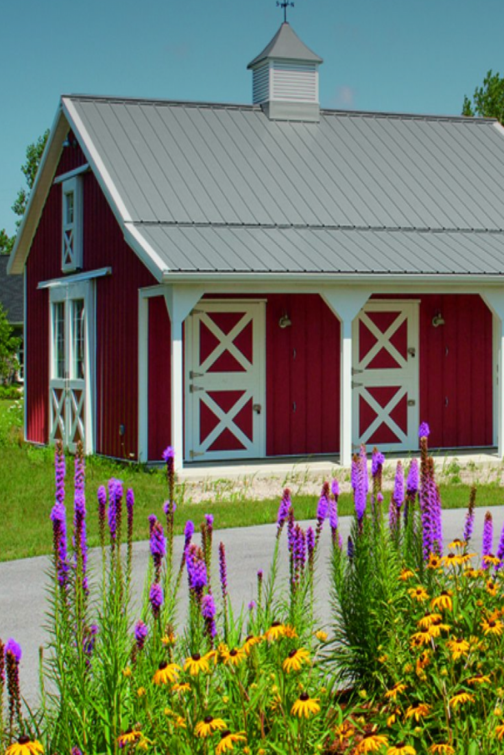 17 Greatest Pole Barn Homes #polebarnhomes 17 Greatest Pole Barn Homes - House Topics #polebarnhouses