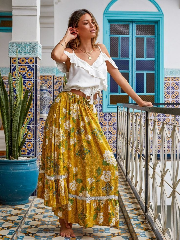 The best boho brands every hippie girl needs to know about right now! #bohooutfits
