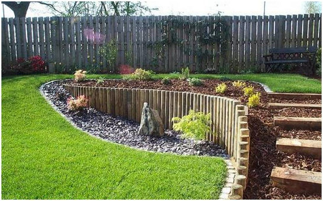 retaining wall sloped yard building a retaining wall on a on retaining wall id=12833