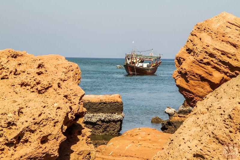 Oman photos - boat