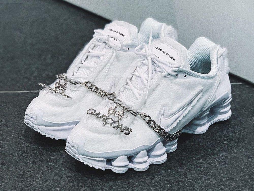 Disponible au Japon, les Comme des Garçons x Nike Shox TL