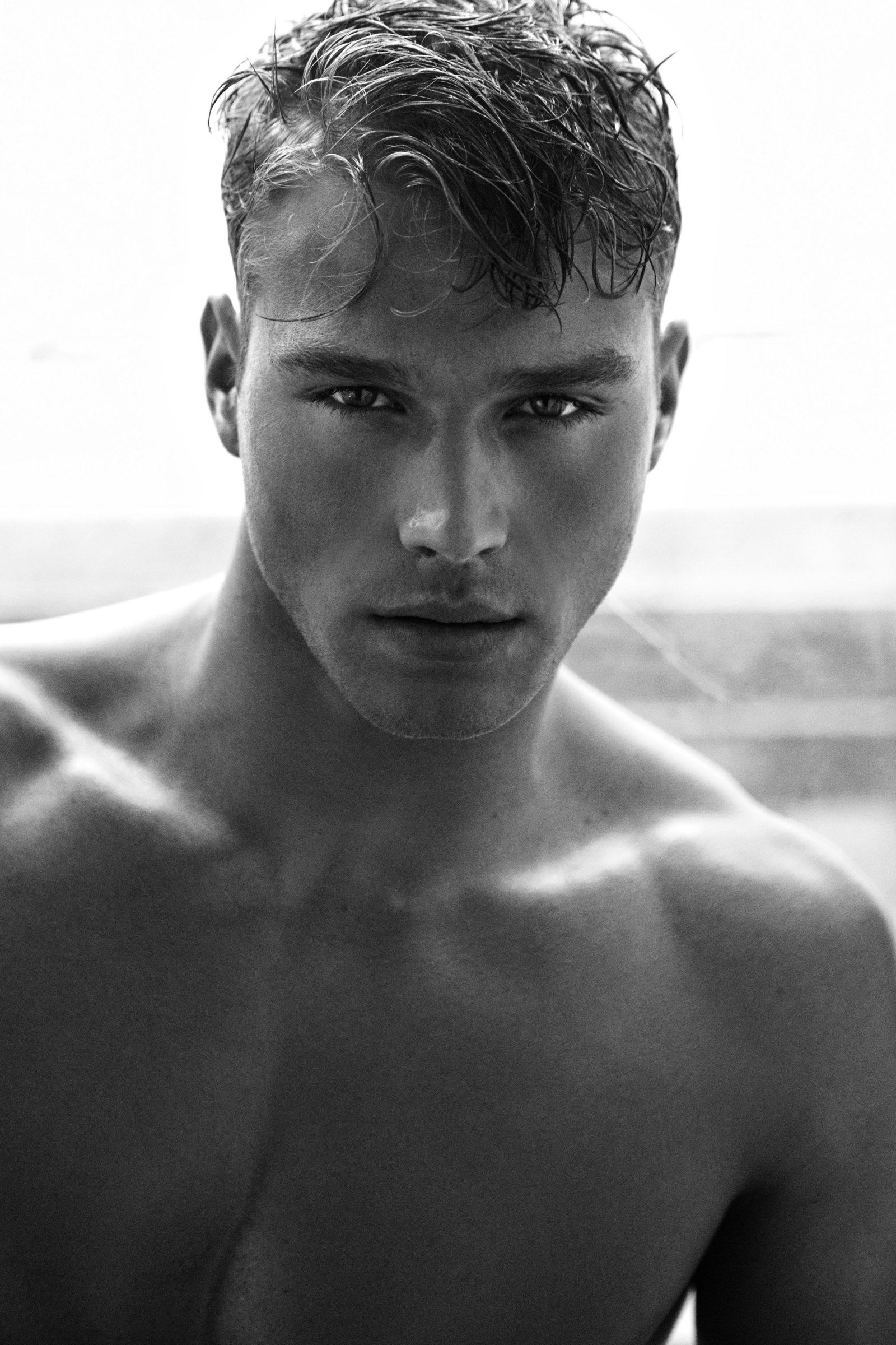 This Male Model Got Discovered on Instagram | 2 Blondes ...