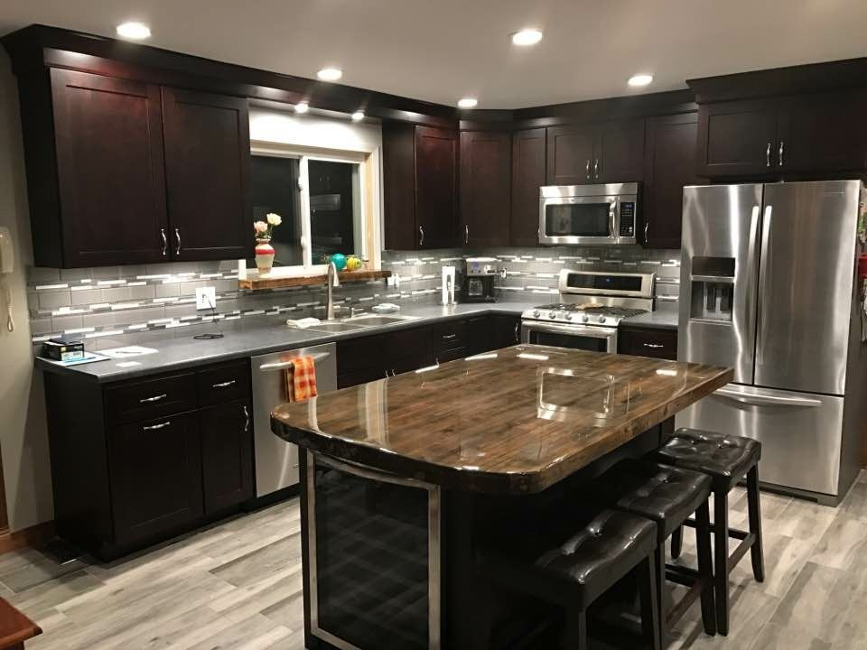 carriage house bourbon cabinetry featuring a hand crafted island top rh pinterest com