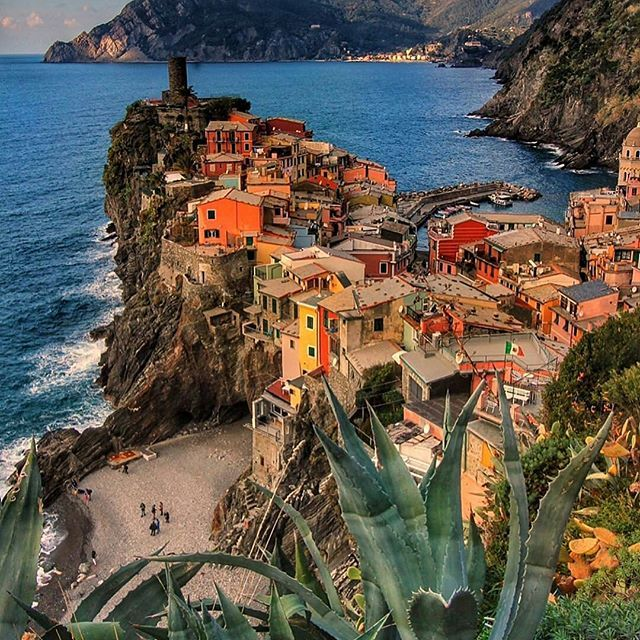 Vernazza, Cinque Terre, Italy... Photo from @pinkines ...