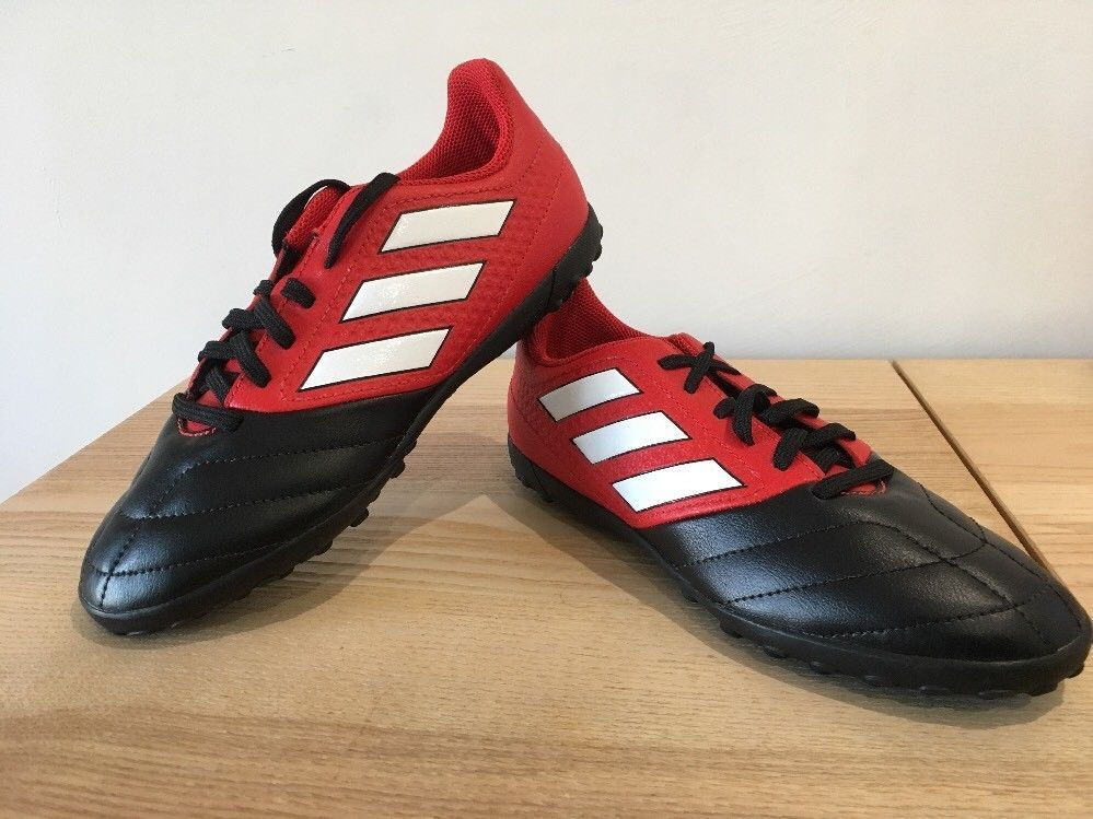 adidas football trainers size 3