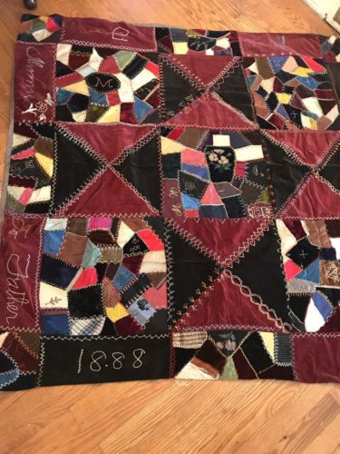 FaceBook Page for the Stars in the Crown Quilt Along