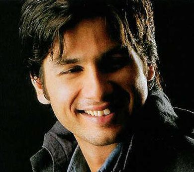 Sahid Kapoor Shahid Kapoor Movies Videos Photos Wallpapers And