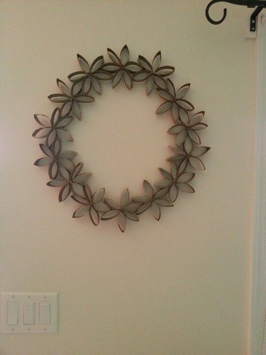 paper towel toilet paper roll wreath
