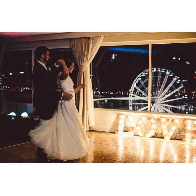 The view from rooftop at Rydges South Bank Brisbane makes for stunning #Wedding photos.