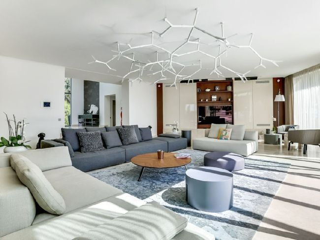 The AirBnB Property Gwyneth Paltrow Is Currently Renting In Cannes Stunning Vogue Interior Design Property