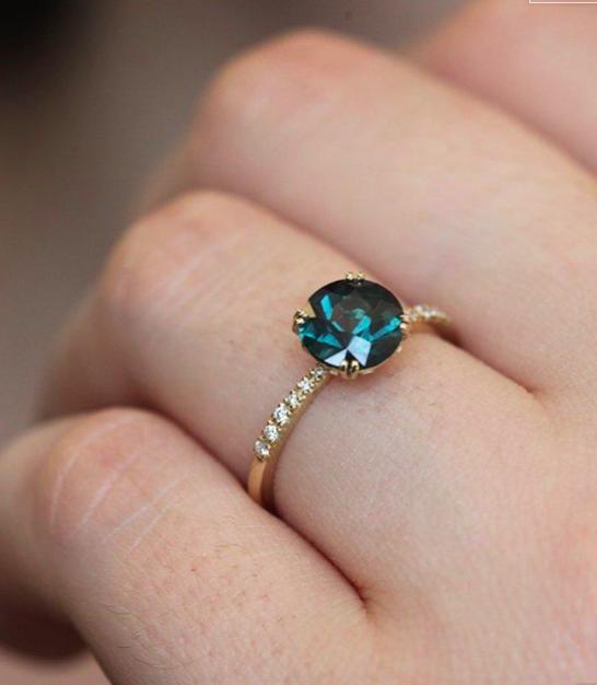 Vida Dark Blue Teal Sapphire Ring in 2020 Green sapphire
