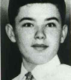 John Wayne Gacy as a teenager | John Wayne Gacy | John wayne