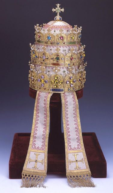 Is it time for the papal tiara?