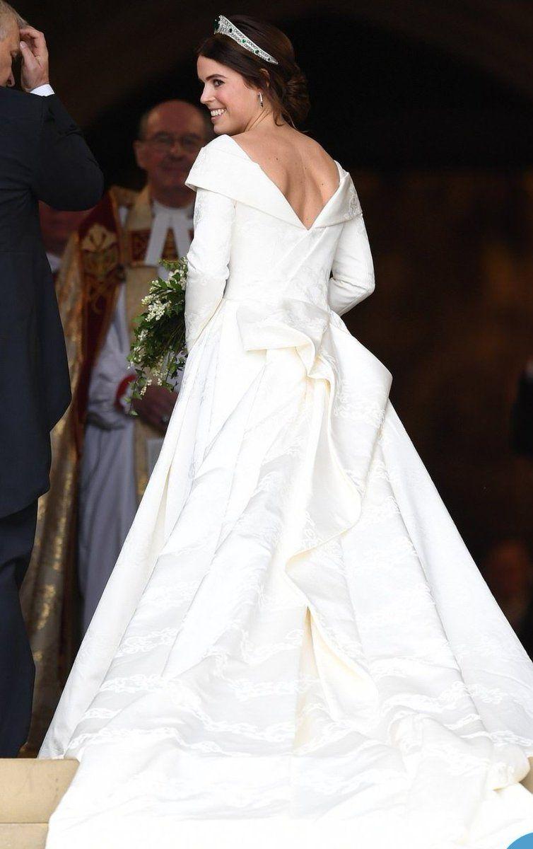 Eugene Wedding Twitter Search Royal Wedding Dress Royal Wedding Gowns Eugenie Wedding