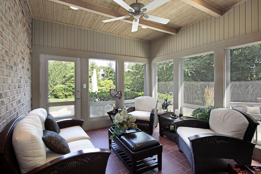 What A Great Way To Decorate The Sun Porch The Ceiling Fan Is A